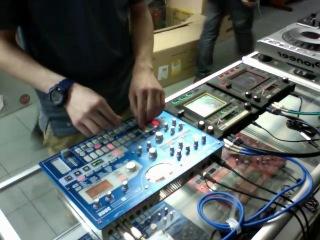 Nik Nazarov- 4 tracks L!VE (Korg electribe emx-1/kaoss pad/kaossilator pro)